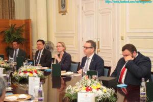 ဗြိတိန်နိုင်ငံဆိုင်ရာ မြန်မာသံအမတ်ကြီးက အာဆီယံနေ့အကြို အလံတင်ပွဲအခမ်းအနားနှင့် ဗြိတိန်နိုင်ငံခြားရေး ဝန်ကြီးဌာန၊ အာရှရေးရာဝန်ကြီးနှင့် အလုပ်သဘော နေ့လယ်စာစားပွဲသို့ တက်ရောက်ခဲ့ခြင်း